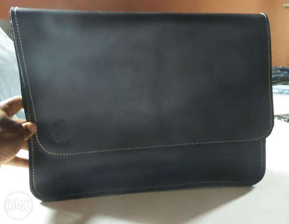 Genuine leather satchel, phone pouch and tablet pouch Ilorin - image 4