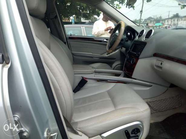 Excellent 2007 Mercedes Benz GL-450 4matic Surulere - image 5