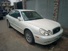 Clean Hyundai Sonata 03 4plugs engine up 4 grab at Give away price.