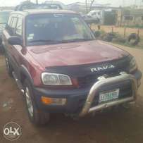 Nigerian Used Toyota RAV4, 99, Very OK. You'll Like it.