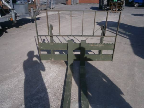 JCB Forks - 2010 - image 3