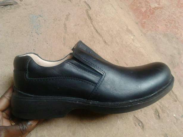 Rubber sole formal shoes for men. Brand new. FREE DELIVERY. Nairobi CBD - image 2