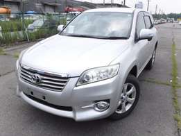 Toyota Vanguard silver colour 2010 model 4WD Excellent condition