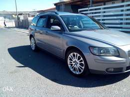 2005 Volvo V50 t5 for sale R42000