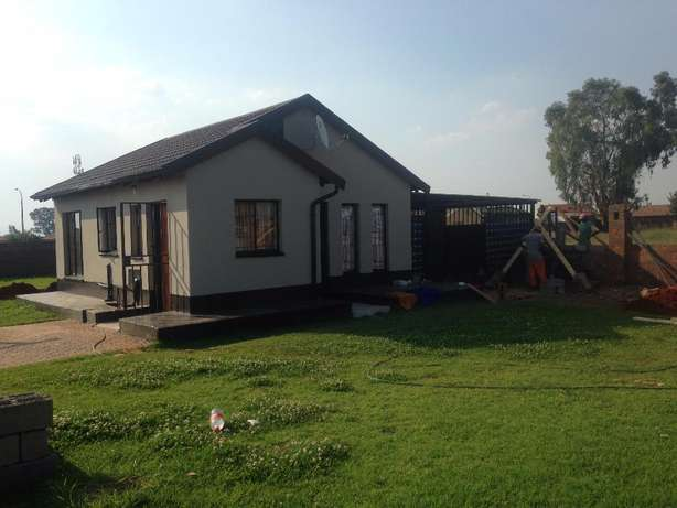 2 bed room house to let in Villa Liza (East Rand) Villa Lisa - image 7