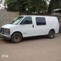 a clean and faultless nigeria used 2001 GMC cargo bus with petrol engi