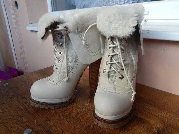 Зимові чоботи. Шкіра.  400 грн. - Жіноче взуття Червоноград на Olx 841da4a4b41bb
