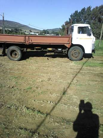 Garden refuse, garage junk, rubble, households furniture removals Brackenfell - image 3
