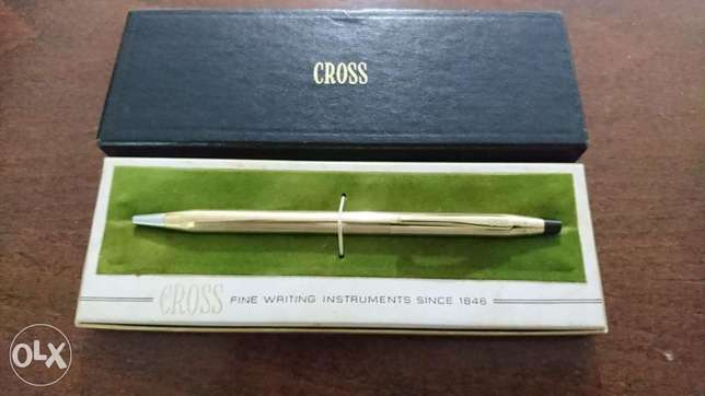 Cross ball piont pen