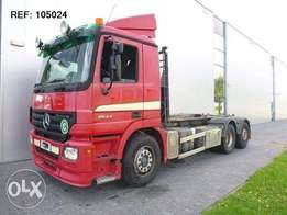 Mercedes-Benz Actros 2544 6x2 Hook Lift Day Cabin Euro 3