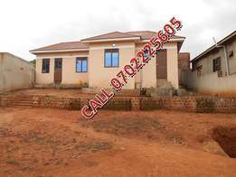 Charming 3 bedroom house for sale in Sonde-City at 70m