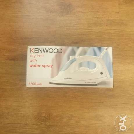 Kenwood Dry iron with water spray