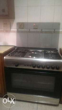 Nicely used IGNIS Gas cooker with oven and grill. Gbagada - image 2