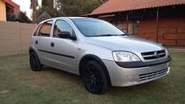 Opel Corsa 1.4i with only 97000km!