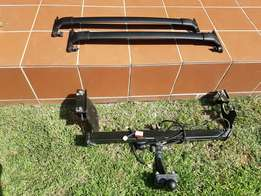 Ford Ecosport Towbar and Roof Racks