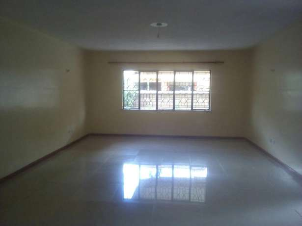Executive 5 bedroom townhouse all Ensuite with Dsq. Lavington - image 8
