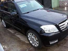 Sharp 2011 toks Mercedes benz Glk 350