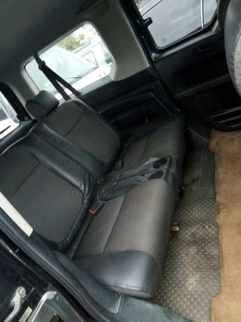 Nigerian used Honda Element 2004 Agege - image 7
