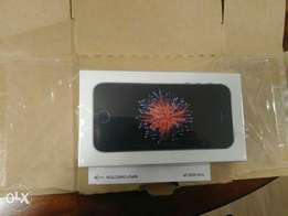 A brand new iPhone Unlocked SE from Canada for awoof price