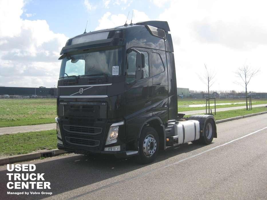 Volvo FH 4X2 GLOBETROTTER 630.705 KM EURO 6 - 2013