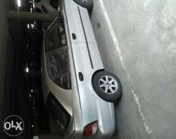 Selling Hyundai Accent For R28500