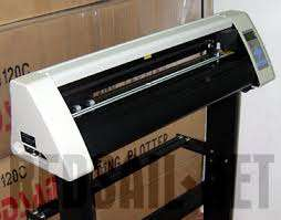 Automatic Cutting Plotter for professional Car, Sign Branding 2/4 Fit Nairobi CBD - image 2