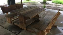 Table and two chairs made of seligna wood