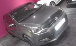 1.4 confontline polo 6 2012 black for sale