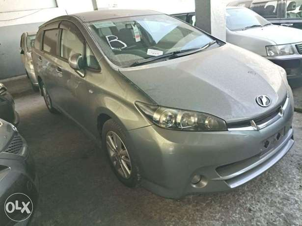 Choices of Black n Silver Toyota Wish 2010 KCP number Mombasa Island - image 6
