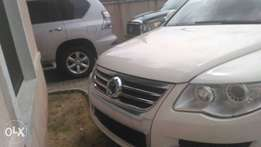 Touareg (Full Option) 08