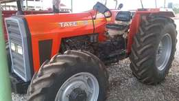 Tractor Tafe 4WD 7502