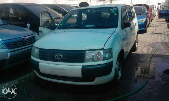 Toyota probox dx mende kcn at 700 only Mombasa Island - image 1