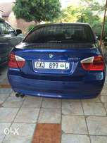 BMW 323 Series for sale. In good condition at a great price.