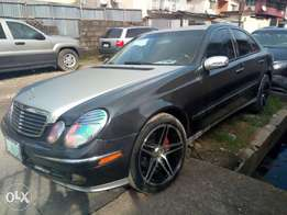 Mercedes Benz E-500 (neatly pimped) for sale