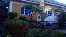 perfectly priced 2 bedroom house in Mbuya at 700k