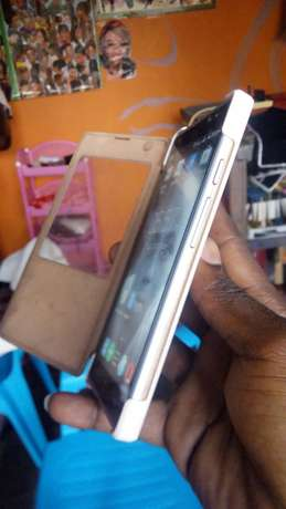 C8 camon Lower Kabete - image 6