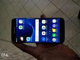 Samsung galaxy s7 edge 3weeks old only