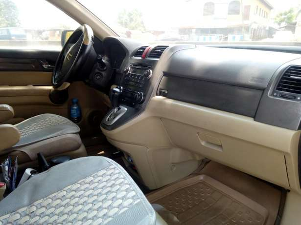 Very clean Honda CRV 2008 Ikorodu North - image 6