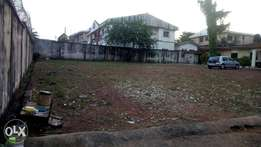 Fenced with gate 1,400sqm land with C OF O at Nsugbe street in Enugu.