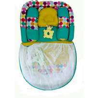 Comfortable baby bed with net