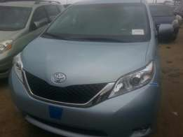 Tincan cleared tokunbo toyota sienna 014