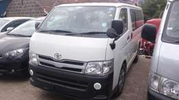 Toyota hiace 2011 diesel automatic