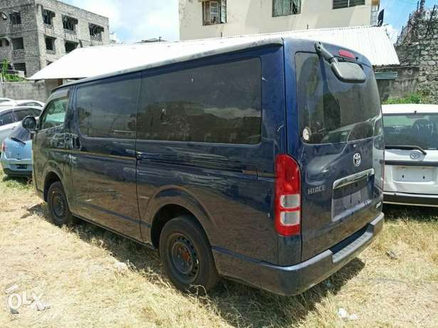 Toyota Hiace Diesel Engine Blue colour Mombasa Island - image 5
