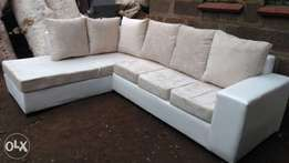 Classy Ready Made 7 seater & Free Delivery