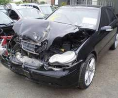 Mercedes c200 w203 stripping for spares