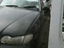 1997 HYUNDAI SONATA 2.0i Selling as is or stripping for spares