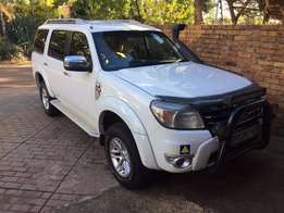 Bargain, Ford Everest 3.0 Tdci Xlt 4x4 in excellent condition