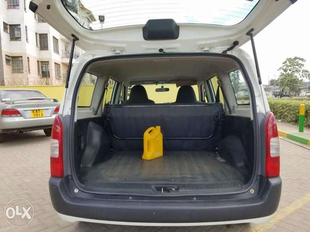Toyota probox super clean as new,buy and drive Embakasi - image 8