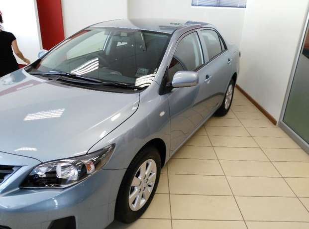 2016 Toyota Quest 1.6 Plus Grahamstown - image 3