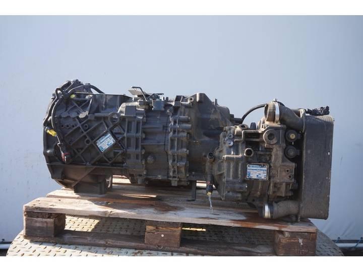 ZF 12AS2331DD + INT3 - 2013